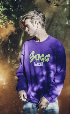 I want this so bad. Am I talking about the jumper or Joe? Joe And Zoe Sugg, Joseph Sugg, Halloween Jumper, Buttercream Squad, Louis Cole, Sugg Life, My Best Friend, Best Friends, Jack Maynard