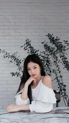 Kim Jennie of Blackpink Kim Jennie, Forever Young, Kpop Girl Groups, Kpop Girls, Korean Girl, Asian Girl, Cute Gifs, Black Pink Kpop, Blackpink Members
