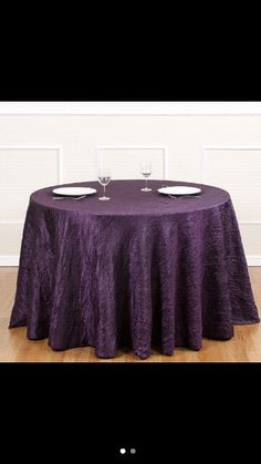 Tablecloth for guest tables.