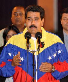 Nicolás Maduro, Presidente de la República Bolivariana de Venezuela, ofrece declaraciones a la prensa, a su llegada al aeropuerto Internacional José Martí de La Habana, Cuba, el 26 de enero de 2014, para participar en la II Cumbre de la Comunidad de Estados Latinoamericanos y Caribeños (CELAC). AIN FOTO/Marcelino VÁZQUEZ HERNÁNDEZ