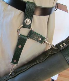Archery Quiver, Arrows, Handmade to Order, Archery Quiver, Arrow Quiver, Archery Gear, Archery Hunting, Leather Quiver, Leather Pouch, Leather Belts, Archery Accessories, Leather Accessories