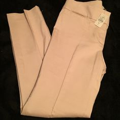 "NWT Loft by Ann Taylor petite dress slacks NWT Loft by Ann Taylor petite dress slacks! Super nice khaki color dress slacks. 29""inseam. Item# 326 LOFT Pants Trousers"