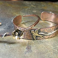 I loved this little bird cuff requested by one of my customers a while back.    I think it's time to make another one!
