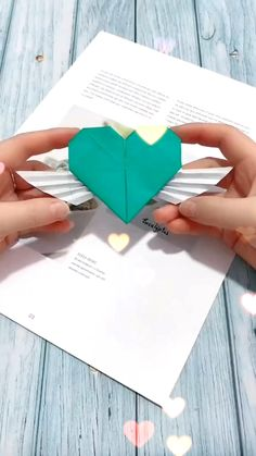 Paper Crafts Origami, Paper Crafts For Kids, Diy Paper, Diy For Kids, Simple Paper Crafts, Tissue Paper, Diy Crafts Hacks, Diy Crafts For Gifts, Diy Crafts Videos