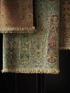 Paisley throws Old Traditional ancient designs for sarees and Pashmina shawls from India