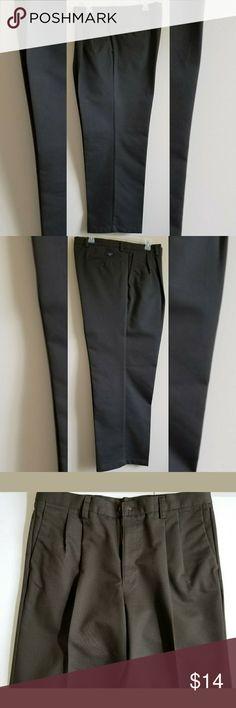 DOCKERS Men's Pants Dark green DOCKERS pants in excellent condition. Dockers Pants