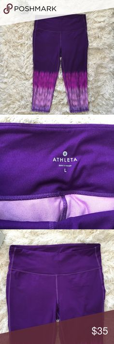 """Athleta Crop Purple Large High Rise Ombre Yoga Get ready for your next workout! These crops are perfect for your next yoga or pilates class. They measures 16"""" waist and 20"""" inseam. Very nice pre-owned condition, no flaws!  No trades, no PP or otherwise, please don't ask. Happy Shopping! Athleta Pants Leggings"""
