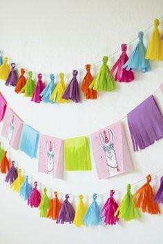 DIY Llama Fiesta Fringe Garland and Tassel Banner using paper napkins