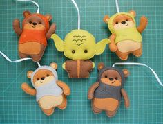 Mobiles, Storybook Characters, Star Wars Baby, Felt Crafts, Puppets, Baby Shower Gifts, Projects To Try, Dolls, Christmas Ornaments