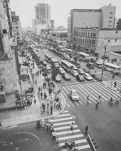 Es sobrecogedora la agonía pictórica de una ciudad bella, el desaturado ADN de #Lima CC 2015 Edu Al Peirano aka Artista Bizarro