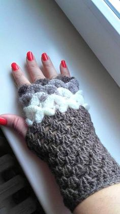 Crochet crocodile stitch gloves #crocodilestitch #gloves #fingerless