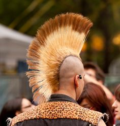 cool 45 Wonderful Ways To Wear Mohawk Haircut - Find Yours Check more at http://machohairstyles.com/best-mohawk-haircut/