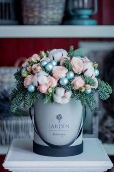 Композиция в шляпной коробке РЕНН. Букет в шляпной коробке. Flowerbox #lejardinbotanique #студияjardin #букетвкробке #шляпныекоробки #flowersbox #bouquetbox