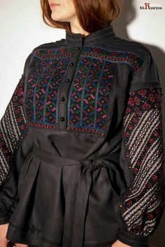 Ethnic Fashion, Hijab Fashion, African Fashion, Fashion Outfits, Womens Fashion, Bohemian Costume, Short Frocks, Embroidery Fashion, Designer Gowns