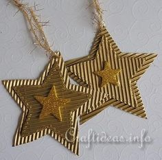 Christmas Crafts for Kids - Corrugated Glittery Christmas Star Ornaments Noel Christmas, Christmas Gift Tags, Christmas Paper, Christmas Crafts For Kids, Diy Christmas Ornaments, Christmas Projects, Handmade Christmas, Christmas Tree Decorations, Holiday Crafts