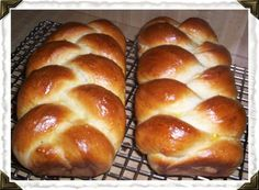 This bread is from my Amish Grandmas recipe collection. My favorite times with Grandma were always centered around the kitchen and this was one of my favorites to make with her. Ive updated it slightly, since Grandma didnt have electricity to work with, but it still tastes (almost) the same. This is still a family favorite at holiday gatherings and with Easter coming up itll be a hit!