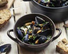 Poêlée de moules à l'ail Snacking, Vegan Foods, Sprouts, Saint Jacques, Vegetables, Kitchen, Mussels, Healthy Recipes, Cooker Recipes