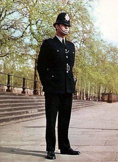 The Metropolitan Police in London was founded in 1829 by Robert Peel. English PCs are also referred to as bobbies, after the founder of the police force. The typical bobby helmet is still worn to this day.