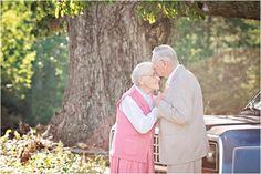 60th Wedding Anniversary Session // Photo Credit: Megan Vaughan Photography // via Le Magnifique Blog