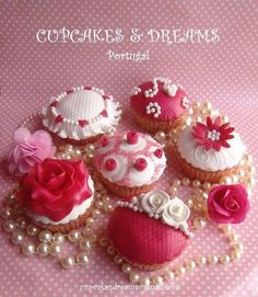 VINTAGE CUPCAKES - Cake by Ana Remígio - CUPCAKES & DREAMS Portugal