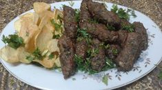 طريقة عمل كفتة الحاتى زى المحلات Asian Recipes, Beef Recipes, Molten Cake, Egyptian Food, Arabic Food, Steak, Health And Beauty, Food And Drink, Pizza