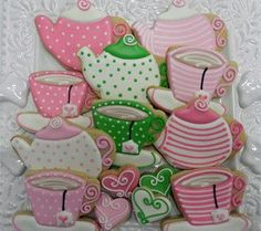 Put your pinkies up for this cookie collection of teacups and teapots. This collection includes 14 cookies: 5 teacups, 5 teapots, and 4 bite-sized hearts. Teapot Cookies, Coffee Cookies, Iced Cookies, Royal Icing Cookies, Sugar Cookies, Birthday Desserts, Tea Party Birthday, Fun Desserts, Birthday Ideas