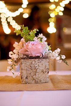 Dallas Rustic Red Barn Wedding Venue Flowers Centerpiece #rusticwedding #barnwedding #texaswedding #rusticgraceestate #rusticcenterpiece www.rusticgraceestate.com