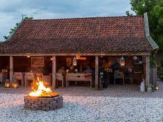 Groepsaccommodaties in Noord Holland. Gazebo, Pergola, D House, Garden Buildings, Backyard, Patio, Outdoor Living, Outdoor Decor, Luxurious Bedrooms