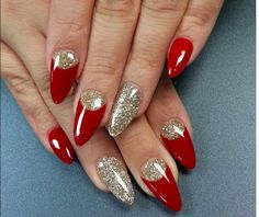 Life After Christmas Nails Acrylic Coffin Red Glitter 41 - Best Nail Art Designs Nail Art Design Gallery, Best Nail Art Designs, Acrylic Nail Designs, Acrylic Nails, Glitter Gel Polish, Gold Glitter Nails, Red Glitter, Black Sparkle, Xmas Nails