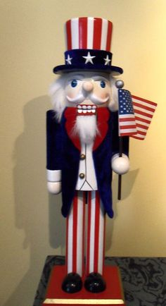 "14"" UNCLE SAM NUTCRACKER ~ AMERICAN FLAG ~ VELVET COAT ~ NICE!"