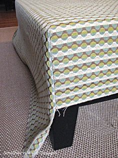 reupholstering an ottoman - sewing cornes and using piping