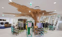 The best way to cover the non-removable pillar in a store!!!!- Fantastique Canopée by Paul Coudamy, Tokyo store design