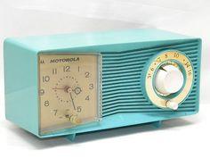 Vintage Motorola C15 Tube Clock Radio TURQUIOSE ART DECO RETRO DECOR DECORATIVE