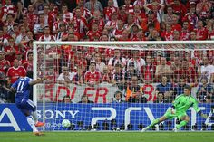 Drogba penalty wins Champions League for Chelsea