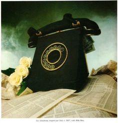 Schiap telephone purse inspired by Dali