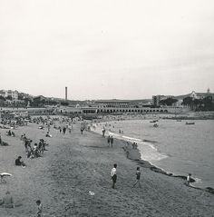 Playa de Riazor   por Biblioteca Facultad de Empresa y Gestión Pública