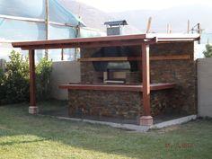 PERGOLAS Y QUINCHOS Backyard Kitchen, Outdoor Kitchen Design, Parrilla Exterior, Gazebo, Pergola, Outside Bars, Backyard Patio Designs, Garden Bar, Outdoor Fire