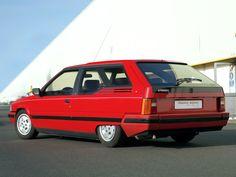 1986 Citroën BX Break De Chasse Dyana Prototype by Heuliez Citroen Ds, Psa Peugeot Citroen, Vintage Racing, Vintage Cars, Citroen Concept, Jaguar Type E, Models Men, Automobile, Shooting Brake