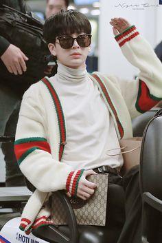 Ikon Songs, Yg Ikon, Ikon Debut, Jay Song, Ikon Wallpaper, Kim Hanbin, Fans Cafe, Airport Style, Yg Entertainment