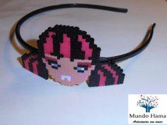 Diadema Draculaura Monster High hama mini beads by  Mundo Hama