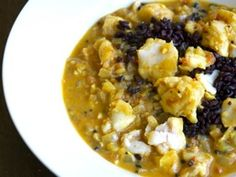 Nutritious substitutes for starchy side dishes :: Culinate Indian Food Recipes, Vegetarian Recipes, Ethnic Recipes, Cauliflower Cheese Bake, Seafood Platter, Fish Stew, Fish Curry, Starchy Foods, Pumpkin Bread