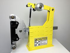 Accepts any tooling arm, the accepted norm for serious knife grinders. Included is the solid aluminum tooling arm with flat platten. The two wheels on the flat platten are solid aluminum. Knife Grinder, Belt Grinder, Knifes, Metal Working, Tools, Ideas, Ribbons, Knives, Instruments