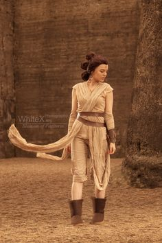 Rey from Star Wars: The Force Awakens Cosplay http://geekxgirls.com/article.php?ID=7072