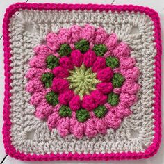 Popcorn Stitch Bloom Square | Using the popcorn stitch, work up this gorgeous crochet granny square