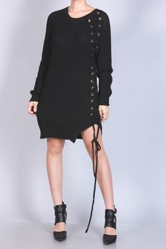 """LACE UP"" BLACK CABLE KNIT SWEATER DRESS / Jeanettix"