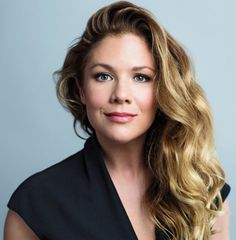 Sophie Grégoire Trudeau's relentless optimism has attracted fans and critics. It's also made her the indispensable other half of the Trudeau charm offensive Sophie Gregoire Trudeau, Beautiful People, Most Beautiful, Canadian Girls, Military Women, Justin Trudeau, Celebs, Celebrities, Famous Women