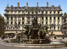 La fontaine de Bartholdi, place des Terreaux, à Lyon.
