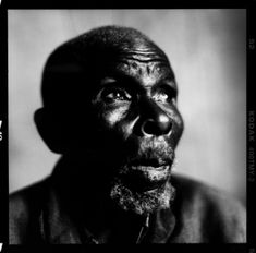Black And White Face, Black And White Pictures, Light Film, Frame Light, Picture Source, Contemporary Photography, Human Condition, Portrait Photography, White Photography