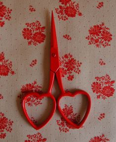 scissors, I love cute scissors. Functional and adorable. Valentine Love, Valentines, Red Aesthetic, Aesthetic Pictures, Kawaii, Lizzie Hearts, Arte Obscura, Cupid, Makeup Products