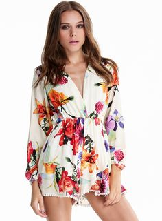 White V Neck Long Sleeve Floral Loose Jumpsuit 19.99